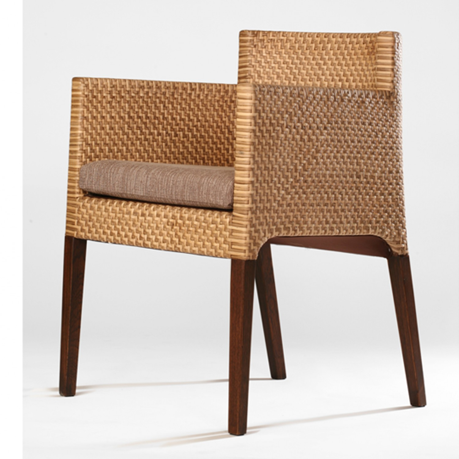 sodsri dining chair