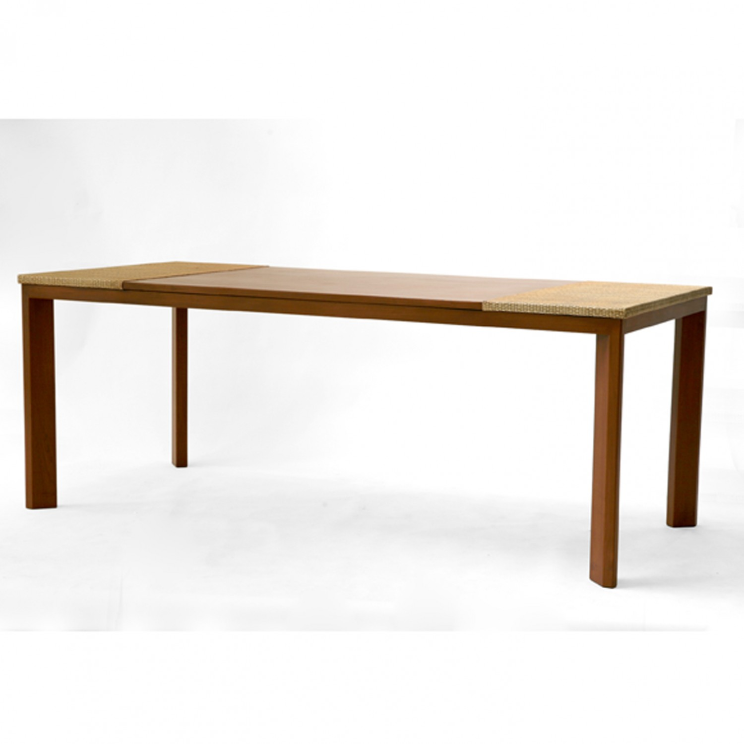 kanokpan dining table